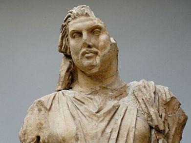 798px-statue_maussollos_bm_sc1000_n2